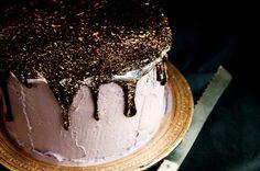 Glitter Cake from A Guide on Glitter Slideshow