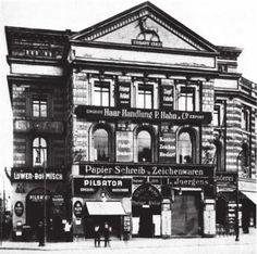 Das Haus mit den 99 Schafsköpfen am Alexanderplatz (1927 fuer den U-Bahn-Bau abgerissen)