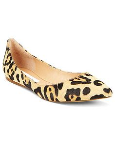 Love these animal print, pointy toe flats