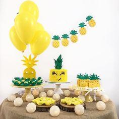 Girl 2nd Birthday, Hawaiian Birthday, First Birthday Parties, Birthday Party Decorations, First Birthdays, Birthday Ideas, Flamingo Party, Watermelon Birthday, Tropical Party