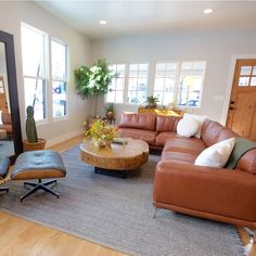 Boise Boys superb sectional couch, episode Vaulted Aspirations aired May Modern Industrial, Mid-century Modern, Boise Boys, Pyramid House, Mid Century Living Room, Love Design, Craftsman Style, Home Renovation, Living Spaces