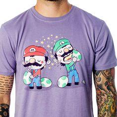 T-shirt em malha 100% algodão e impressão de por silk screen. Estampa Yummy Eggs