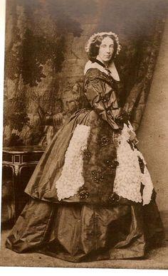 """""""Imperatriz Dona Amélia"""".  [Amélia de Beauharnais]. 2ª Imperatrz Consorte do Brasil, esposa de D. Pedro I. (Milão, 31/Julho/1812 - Lisboa, 26/Janeiro/1873)"""