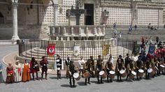 """Perugia 1416, i Rioni rendono omaggio a Sant'Ercolano. A tirare le fila, i Consoli: """"Il prossimo anno daremo spazio anche ad altre..."""