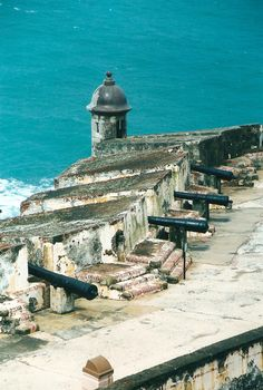 This weeks episode of the Amateur Traveler is about Puerto Rico which reminded my of my only trip to San Juan, Puerto Rico. This imposing fortress is Castillo San Felipe del Morro …
