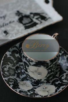 大阪堺市 ポーセラーツとプリザーブドフラワー「BERRY」主宰 こおりみゆきの薔薇色の暮らし