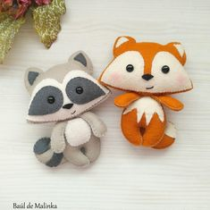 Fantastic 20 Sewing tutorials tips are offered on our site. Have a look and you wont be sorry you did. Felt Animal Patterns, Felt Crafts Patterns, Felt Crafts Diy, Felt Diy, Stuffed Animal Patterns, Diy Stuffed Animals, Sewing Patterns, Plushie Patterns, Ornament Pattern