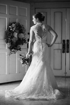Stunning bride at Ashelynn Manor