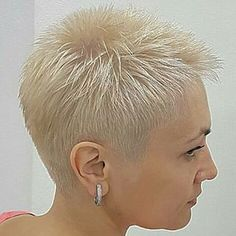 Today we have the most stylish 86 Cute Short Pixie Haircuts. Pixie haircut, of course, offers a lot of options for the hair of the ladies'… Continue Reading → Short Sassy Hair, Super Short Hair, Short Thin Hair, Short Grey Hair, Short Hair Cuts For Women, Short Hair Styles, Hair Styles 2016, Short Shaved Hairstyles, Very Short Haircuts
