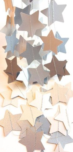 Star Decor Star Garland, need to add metallic paint to the inside of the stars Bunting Garland, Star Garland, Felt Garland, Star Banner, Christmas Projects, Holiday Crafts, Christmas Holidays, Xmas, New Years Decorations