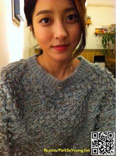 """[학교-School 2013] :: KBS2TV 월화드라마 """"학교""""★박세영(Park Se Young)~♡ ~*~*~*~*~*~*~*~*~ [구호시작!] 정말~ 이♡쁘♡세♡영★ 박☆세☆영~♥ ⓒ 1st Original Public & Official fan Page ☞ www.fb.com/ParkSeYoung.fan ~♡ ~*~*~*~*~*~*~*~*~ Korean Girl, Asian Girl, Park Se Young, School 2013, Akshay Kumar, Attractive People, Asian Actors, Korean Beauty, Pretty Hairstyles"""