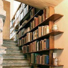 Estanteria en escalera