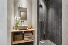 Et lite men lekkert bad! Bad, Single Vanity, Vanity, Bathroom Vanity, Bathroom