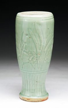 A Chinese Antique Ming Longquan Celadon Glazed Vase: of Ming Dynasty; Size: H: 10""