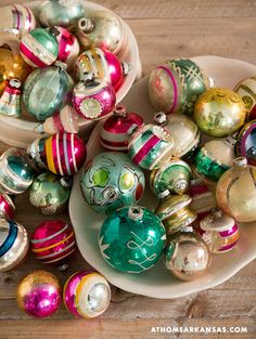At Home in Arkansas | December 2014 | All is Bright Shiny Brite ornaments #vintage #holiday #Chrismtas