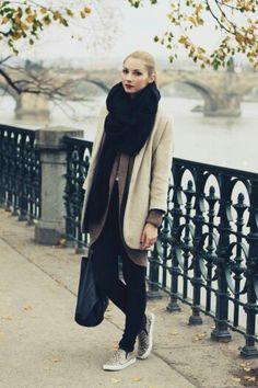 Être belle en hiver est bel et bien avec cette tenue. Le gilet long est un incontournable de cette saison.