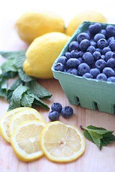 mint blueberry lemonade by Elena Kovyrzina, via Flickr