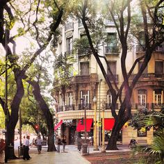 Esmeralda y Santa Fe desde la Plaza San Martin, Buenos Aires