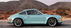 Singer Porsche design Gulf Blue