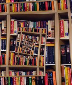 Optical Illusion Bookshelf: M.C. Escher bookshelf? Speaks for itself