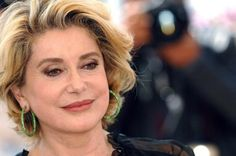 Catherine Deneuve in her She's now Catherine Deneuve, Popular Hairstyles, 60s Hairstyles, Blind Girl, Ageless Beauty, French Actress, Style Icons, Looks Great, Most Beautiful
