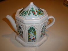 English Life Teapot Wade England A Conservatory Teapot Porcelain Really Cute | eBay