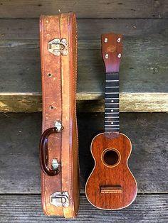 Vintage 1940's GRETSCH Soprano Ukulele Uke w/ ULTRA RARE ORIGINAL CASE! PROJECT on eBay!  - I WANT IT!!!!