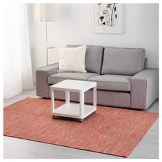 HODDE Rug, flatwoven IKEA Durable, stain resistant and easy to care for since the rug is made of synthetic fibers. Ikea, Backyard Furniture, Floor Chair, Color Combos, Playroom, Dorm, Indoor Outdoor, New Homes, Dining Table