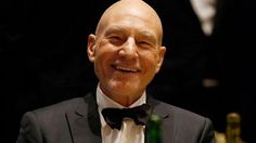 72-year-old actor Patrick Stewart tries first ever pizza slice...wha??!!