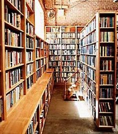 I <3 bookstores