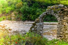 Olympos ruins. Ancient Ruins, Garden Bridge, Mystic, Arch, Outdoor Structures, Traveling, Viajes, Longbow, Trips