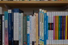 bu bölümdeki kitapların çoğu,  daha formal bir ev egitimine odaklı kitaplar,  çocukların ihtiyaçlarına göre destek amaçlı kullanıyorum.