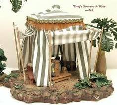 Fontanini 1983 ~ Melchior on Camel ~ Nativity ~ King Wisemen Biblical Costumes, Fontanini Nativity, Christmas Nativity Scene, Ceramic Houses, Tent, Home Decor, Portal, Italy, Ideas