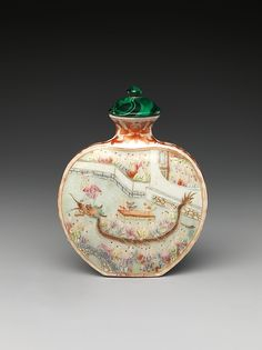 Snuff Bottle with Scene of Dragon-Boat Festival Period: Qing dynasty (1644–1911), Qianlong mark and period (1736–95) Culture: China Medium: Porcelain with overglaze enamel colors, malachite stopper