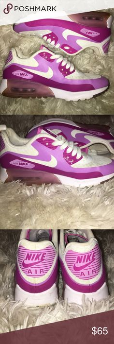 best service aa60b 9cc12 Magenta Nike AirMax 90 s✨ Worn a handful of times but still in great  condition!