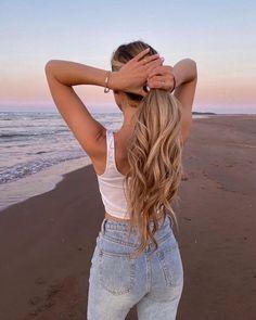 """12.1 mil Me gusta, 282 comentarios - Audrey (@audreyannej) en Instagram: """"Up or Down? 🦋"""" Jason Clarke, The Dark Artifices, Cassandra Clare, Ponytail, The Darkest, Love Her, Travel Photography, Hair Makeup, Instagram"""