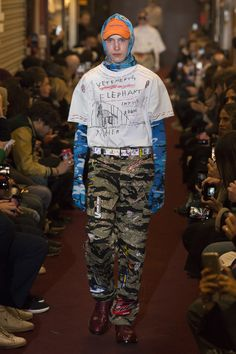 The complete Vetements Fall 2018 Menswear fashion show now on Vogue Runway.
