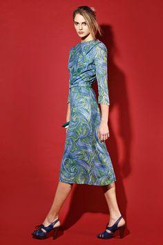 Vintage 1960s Peacock Print Dress http://thriftedandmodern.com/vintage-1960s-peacock-print%20dress