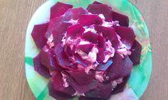 Блог современной мамы: Салат из селедки со свеклой и яблоком.