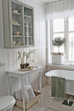 Love this simple, beautiful bathroom. Styled so well! VIBEKE DESIGN: