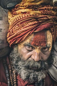 Life of a Sadhu | Portrait of a sadhu (Kathmandu, Nepal). Do… | Flickr Old Man Portrait, Old Portraits, Pastel Portraits, Pencil Portrait, Portrait Art, Watercolor Portraits, Portrait Photography Men, Image Photography, Barba Grande