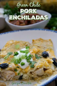 Green Chile Pork Enchiladas are stuffed full of seasoned shredded pork, gobs of cheese, sour cream, black olives then smothered in a green chile sauce. Leftover Shredded Pork Recipe, Shredded Pork Recipes, Shredded Beef Enchiladas, Green Chili Enchiladas, Green Chili Pork, Sour Cream Enchiladas, Leftover Pork, Mexican Enchiladas, Chicken Enchiladas