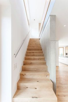 HAUS G / Stöger+Zelger Architekten The Effective Pictures We Offer You About attic Stairs A quality picture can tell you many things. Stair Handrail, Staircase Railings, Interior Stairs, Interior Architecture, Stair Lighting, Narrow House, House Stairs, Under Stairs, Deco Design