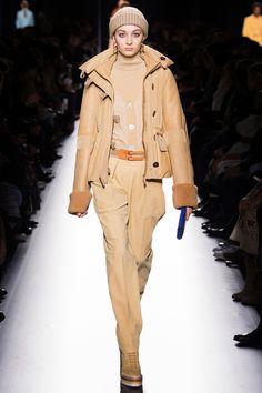 5053eca53d82 Модный look Подиумная Мода, Модные Тенденции, Мода От Кутюр, Мода Для  Женщин,