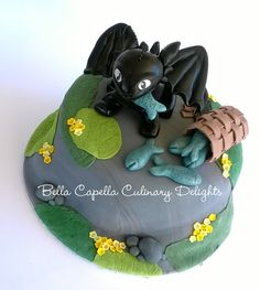 Toothless, How to Train Your Dragon.  Cakes from Bella Capella Culinary Delights in Capella, Queensland's Central Highlands,  Australia.  Contact:  bellacapella@bigpond.com https://www.facebook.com/BellaCapellaCulinaryDelights
