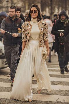 Runway fashion ideas at new york fashion week - Herren- und Damenmode - Kleidung Look Fashion, Indian Fashion, Runway Fashion, High Fashion, Winter Fashion, Fashion Outfits, Womens Fashion, Fashion Design, Fashion Trends