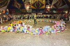 A quadrilha, dança típica da Festa Junina, no maior São João do mundo, em Campina Grande, no estado da Paraíba, Brasil.  Fotografia: Ricardo Junior / www.ricardojuniorfotografias.com.br
