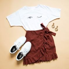 Eyes Wide Shut Tee - White, Blind Love Skirt - Brown, Old Skool Sneaker - True White