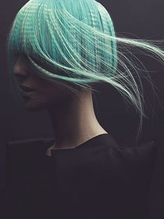 Good photo: mint green hair