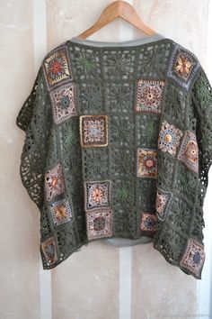 Crochet Poncho, Crochet Hats, Crochet Clothes, Crochet Outfits, Crochet Fashion, Knitting, Sweaters, Dresses, Cape Clothing